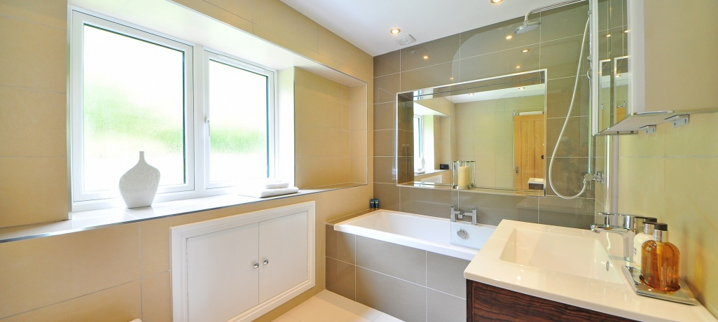Tips To Guide You In Choosing the Best Cloakroom Sinks